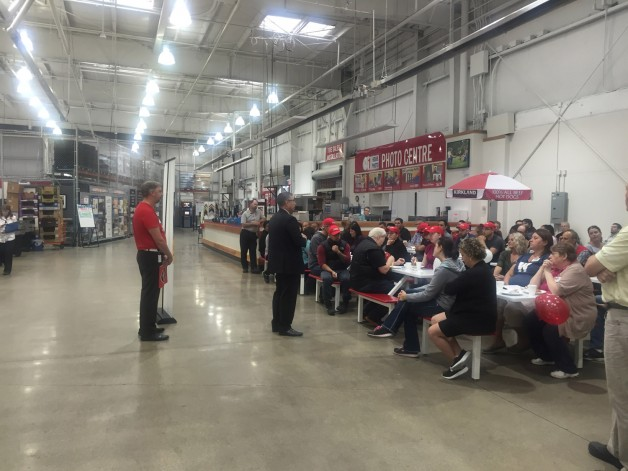 Kelvin Shepherd talks to Costco employees about how their generosity makes Winnipeg better.