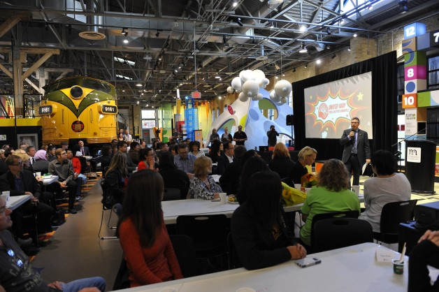 """2015 Campaign Chair Kelvin Shepherd MC'd the """"Breakfast Club"""" at the Manitoba Children's Museum."""