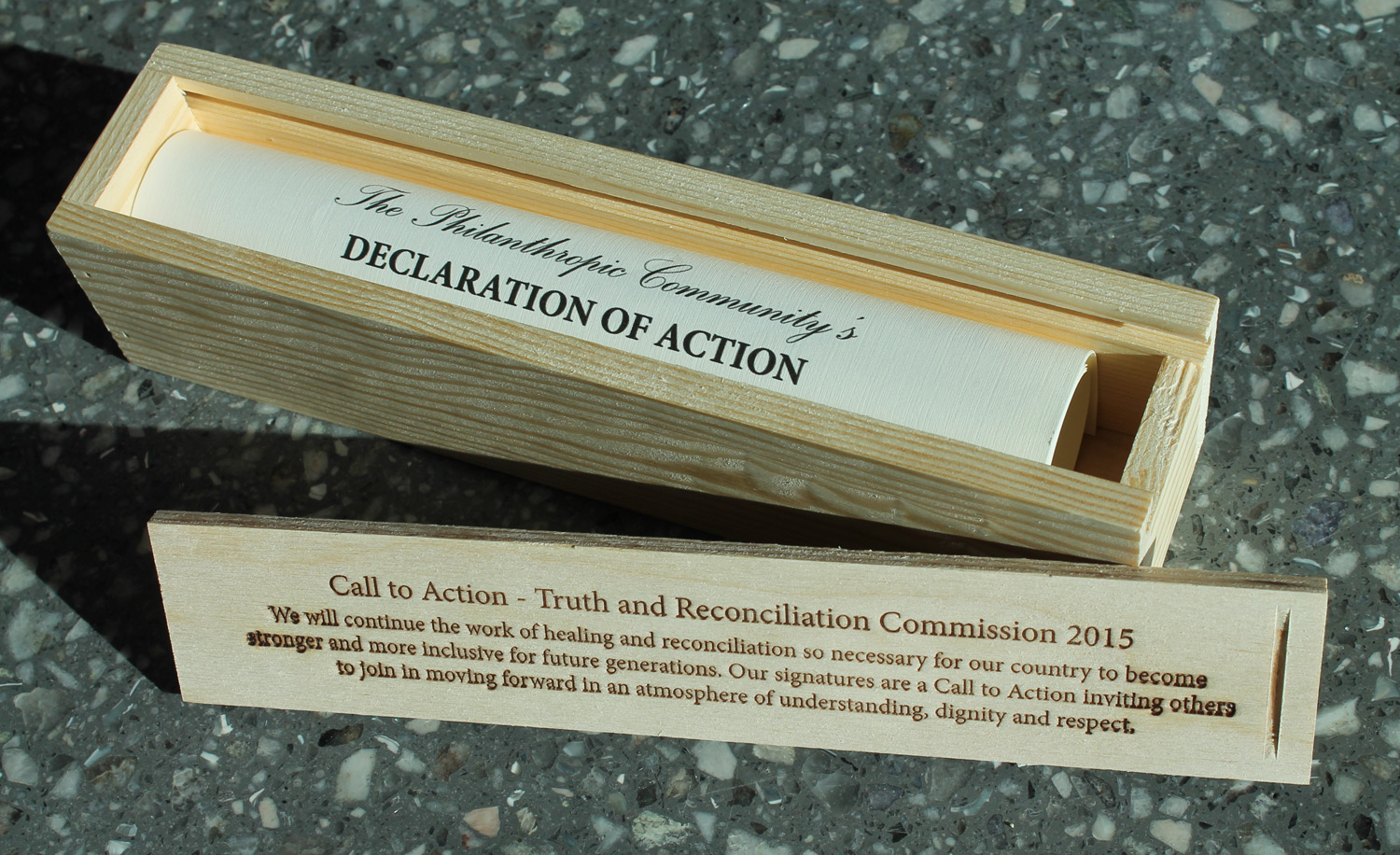 The Declaration was presented to United Way in a box representative of the red cedar TRC Bentwood Box commissioned by the TRC and used at national events around Canada.