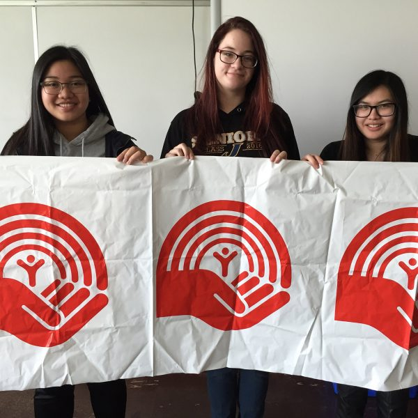 United Way's youth volunteers get involved in the Winnipeg community.