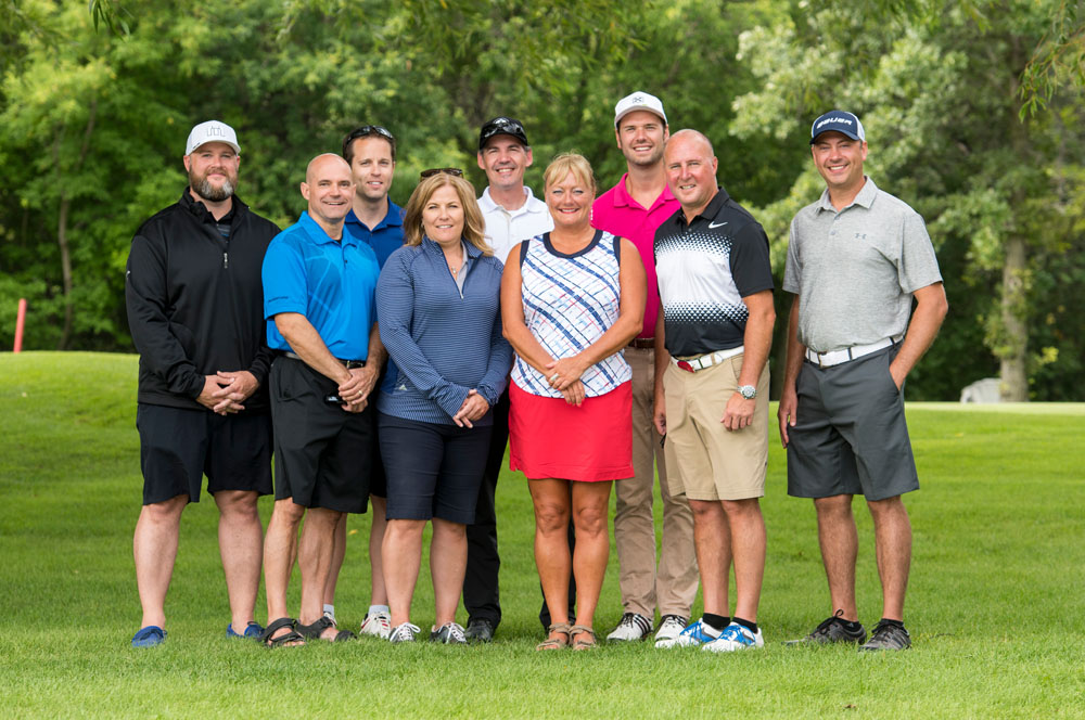 The 2016 Golf Tournament Committee.